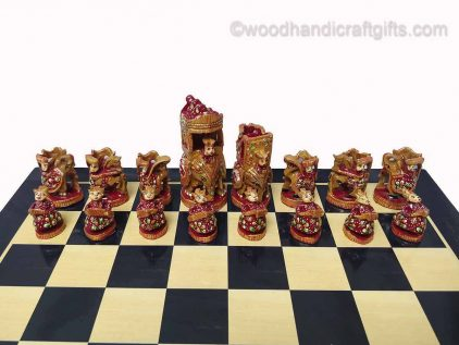 chess king and queen red